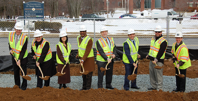 USG-Garage-groundbreaking